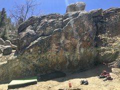 Rock Climbing Photo: Iceberg Boulder