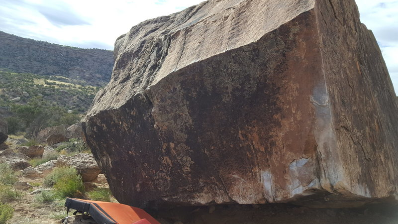 Rock Climbing Photo: The Chiseled Arête Boulder from the right side.