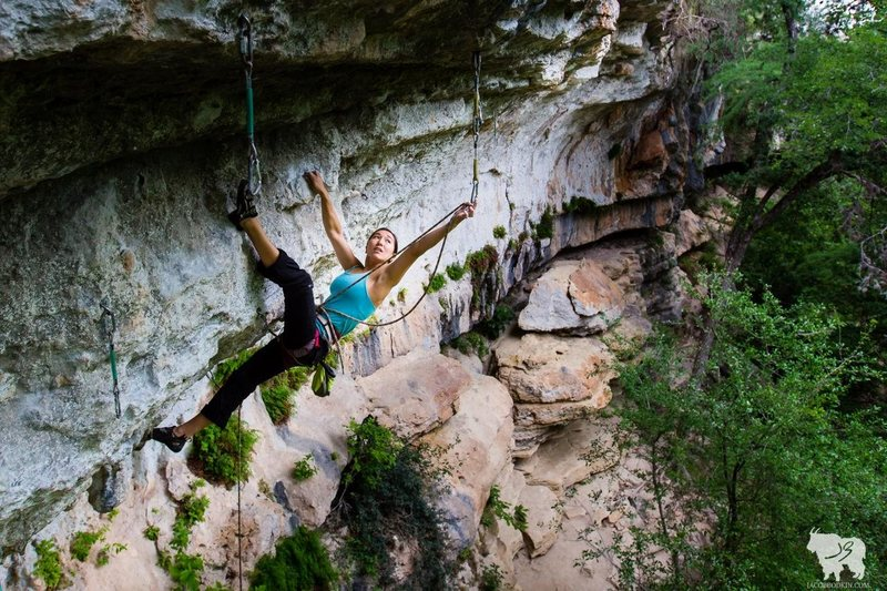 Rock Climbing Photo: Sarah Michaels makes a long clip in preparation fo...