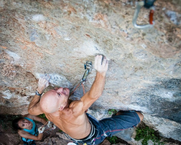 Andy Shields reaches through the crux of &#39;Yurtle the Turtle&#39;<br> <br> Photo by Du Lo