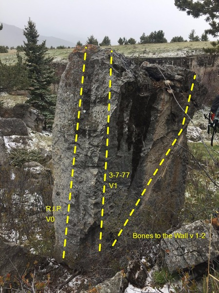 Rock Climbing Photo: Tombstone boulder