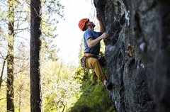Rock Climbing Photo: Zach sending Fat Lip at Cliff Drive in Spokane, WA...