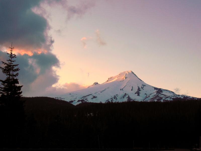 Mt Hood sunset the evening before climbing