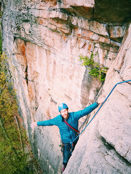 Ben Hoste on Birdland topping out the first pitch. Photo by Chris Gregory. May 2017.