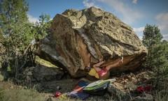 Rock Climbing Photo: The start beta of IT.