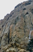 Rock Climbing Photo: Line showing where to cut left