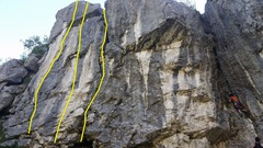 Rock Climbing Photo: The three leftmost routes at Leaz.  L-R: Que Da...