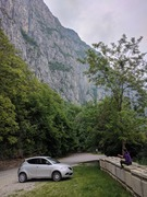Rock Climbing Photo: Parking area at the base of Discoteca.  The trailh...