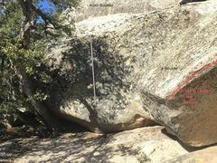 Rock Climbing Photo: Unnamed V0 on 2 Boulder