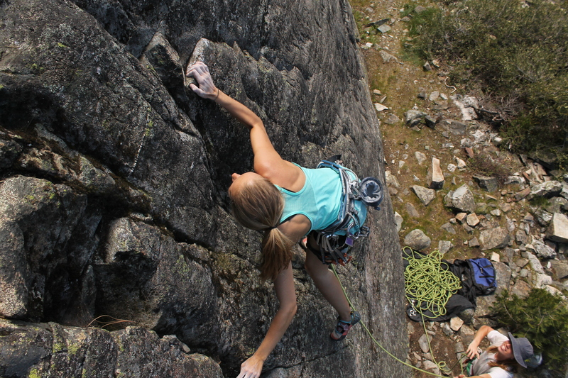 Rock Climbing Photo: Libby on Sand Wedge with some nice lichen on it th...