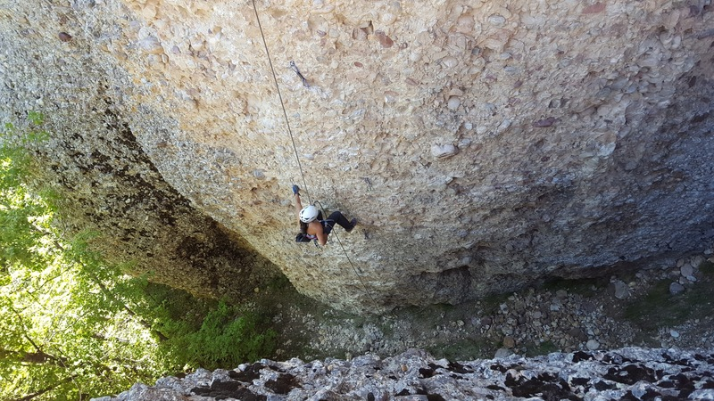 Joi Matsukawa cleaning up the edges in preparation for the FA of 4 Star 12a, Cragganzenden.