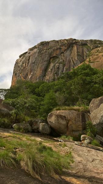 Rock Climbing Photo: Main wall at Ngomakurira, from the north