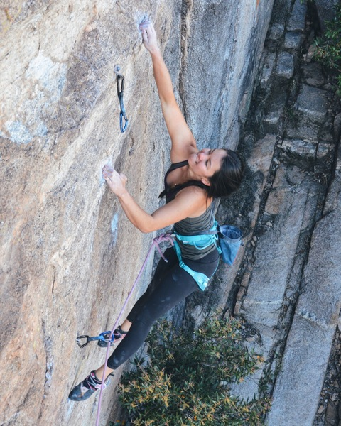 Eva Huie sticking the first crux
