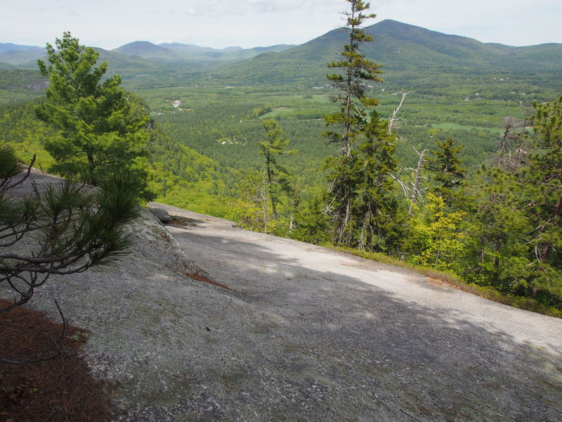 """Looking NorthEast towards top of """"Right Dike"""" from where the left-hand side-path first reaches the slab."""