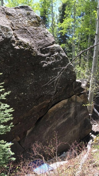 Rock Climbing Photo: Ocean Man crack on the largest north boulder.