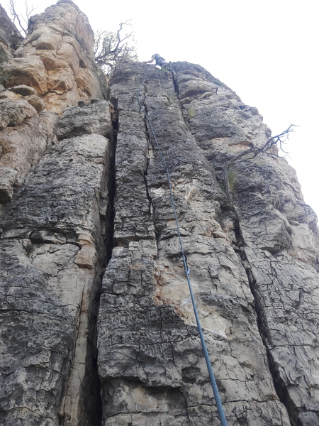 Rope running through QDs on route.