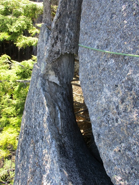 Rock Climbing Photo: Cool flake feature on Pitch 1 of Sunshine Breakfas...