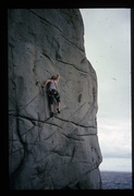 Rock Climbing Photo: Nic Deka at the crux on the first ascent of Stretc...