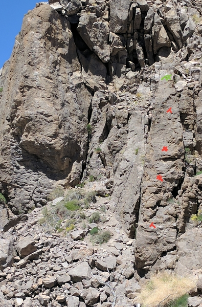 Rock Climbing Photo: Bolt line for Anonymous Bolter.