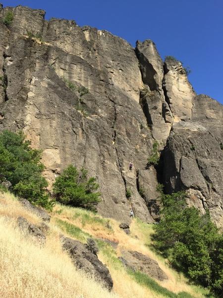 Rock Climbing Photo: 2 teams on the Iron Curtain