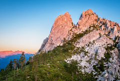 Rock Climbing Photo: Mount Hubris at sunrise