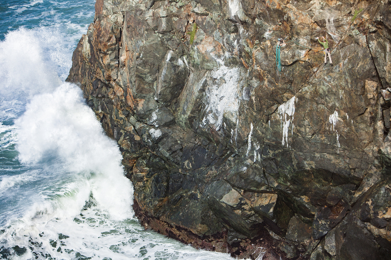 Big Waves on Wedding Rock