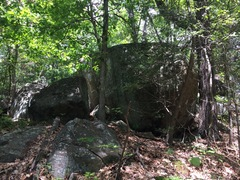 Rock Climbing Photo: Meteorite Boulder. View from the trail.