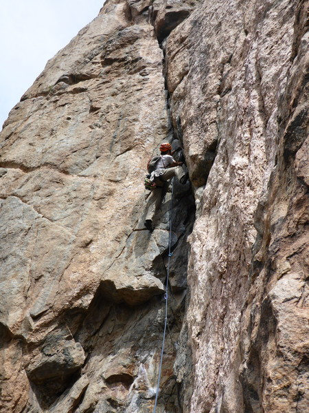 Rock Climbing Photo: Leading crux pitch of Scenic Cruise