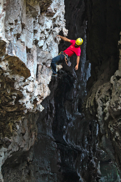 Rock Climbing Photo: Alejandro Gomez climbing his route, Golum, 5.11b