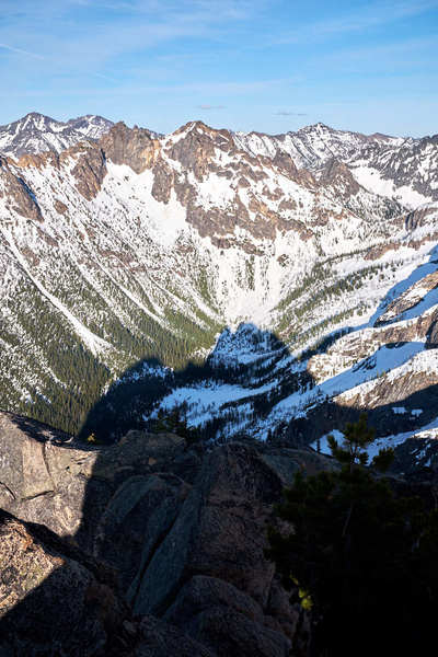 Rock Climbing Photo: Shadow of the South Early Winter spire in the vall...