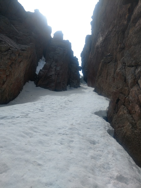 Snow leading to the WI3 ice crux.