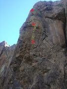 Rock Climbing Photo: The route with bolts and anchor marked.