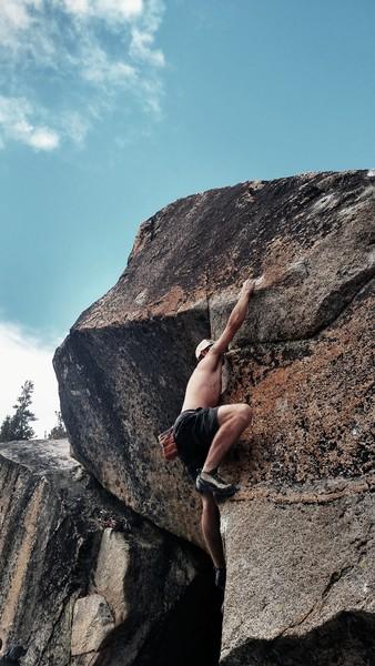 Rock Climbing Photo: Thor Boulder (Hibbity Dibbity V6****)