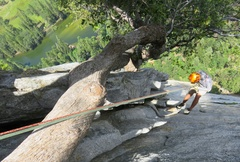Rock Climbing Photo: The rappel from the top of the Pitch 5 (Pitch 6 vi...