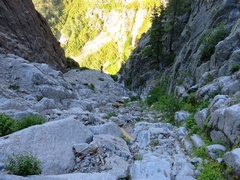Rock Climbing Photo: Descent gully. This is not trivial, but the goal i...