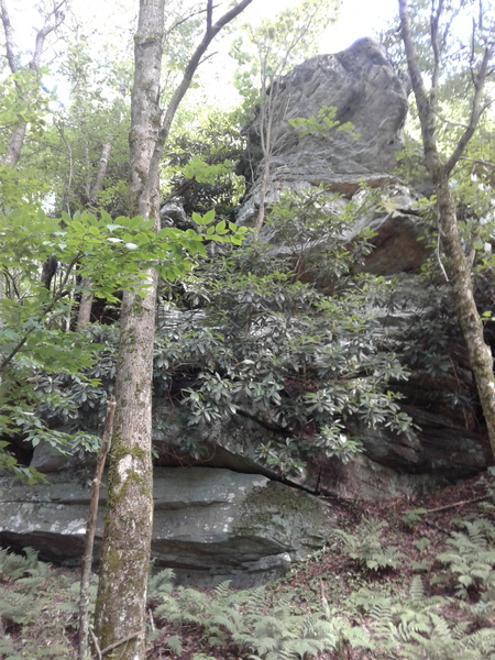Rock Climbing Photo: Northwest of the AT, faces northwest (not visible ...