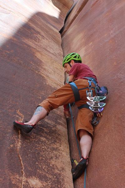 Rock Climbing Photo: starting up... ps... bring a #4