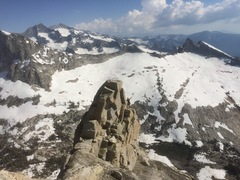 Rock Climbing Photo: Skirting the false summit with views to rival Pata...