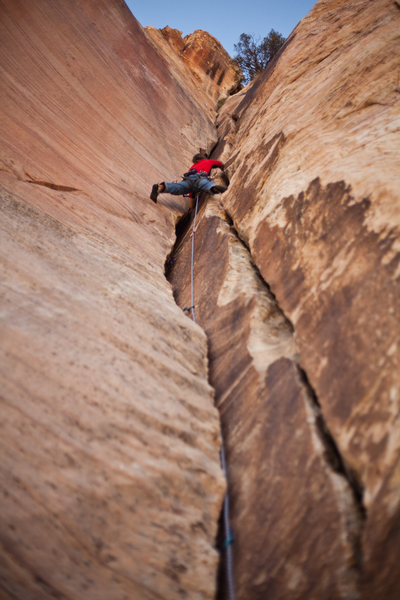 Andy Reger climbs Rockingstone Groove. Photo: Matt Kuehl