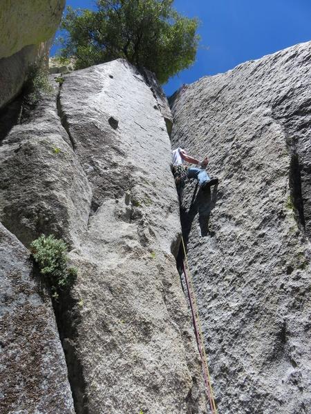 Rock Climbing Photo: Pitch 1 chimney.