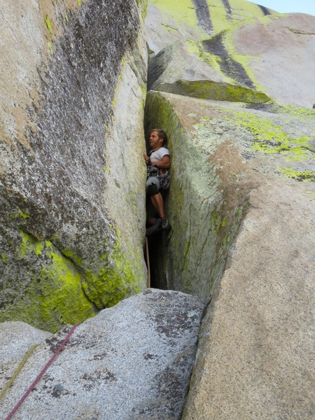 Rock Climbing Photo: Danny starting the squeeze chimney the route is kn...