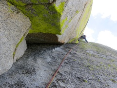 Rock Climbing Photo: Pitch 6 (or 7 by some route descriptions) follows ...
