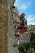 Rock Climbing Photo: Pitch 3 starts off with a little surprise.