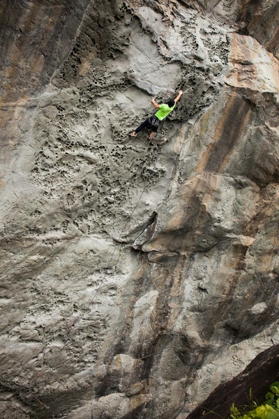 Rock Climbing Photo: Kyle S. from Redding crushing Great White