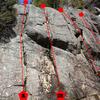1. Frein moteur<br> 5.5 (trad) PA: JC Néolet et L. Laforest 2004<br> Relais sur arbre pour l'instant.<br> <br> 2. L'avaleur de kilomètres<br> 5.5 (trad) JC Néolet et L. Laforest 2004<br> <br> 3. Diesel dans les veines <br> 5.4 (trad) JC Néolet et L. Laforest 2004<br> <br> 4. ???<br> 5.? (4P)<br> Départ sur la dalle, ensuite on longe l'arrête de droite.