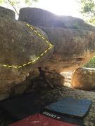 Rock Climbing Photo: Unknown Traverse