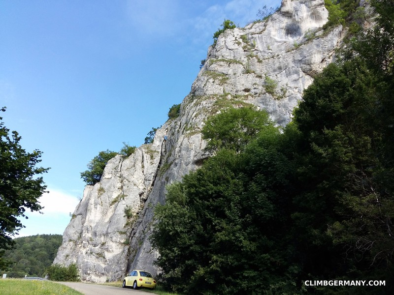 Rock Climbing Photo: As the parking area ends and opens onto the 313, A...