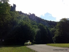 Rock Climbing Photo: View of Dreeicksfels from the parking lot