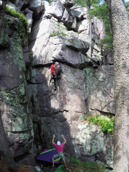 Rock Climbing Photo: Satermo at the first opportunity to place some gea...
