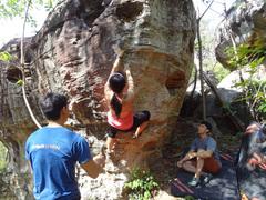 Rock Climbing Photo: Hueco alley boulder